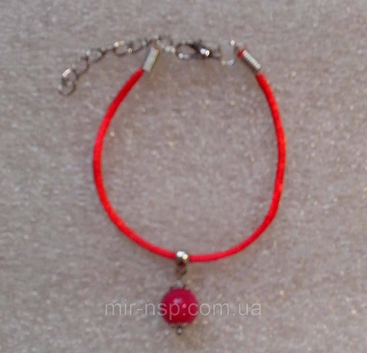 Красная нить оберег натуральный камень Турмалин 10 мм