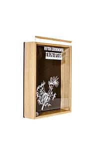 Куток споживача - скринька із натурального дерева для кутка споживача з нанесенням логотипу компанії