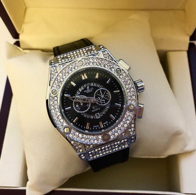 Наручных часов hublot стоимость часы guess продать