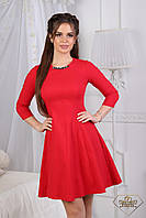 Привлекательное короткое платье А-силуэта  с рукавом 3/4 и украшением на горловине