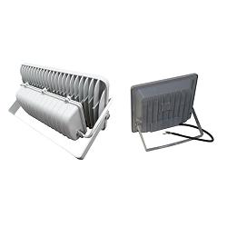 Внешний вид сзади уличного светодиодного прожектора ЛЕД LED 50 Вт с хорошим (слева) и плохим (плохим) радиатором охлаждения