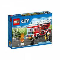 Пластиковый конструктор LEGO City Fire Пожарная машина с лестницей (60107)