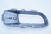 Накладка противотуманной фары правая б/у BMW X5 (E70) 51117175486