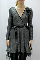 Серое платье на запах фатиновым подъюбником