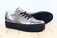 Криперы женские на шнурках, материал - натуральная кожа, цвет - серебро