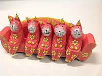 Статуэтка деревянная пять котов на диване