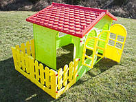 Детский игровой домик Mochtoys с забором XXL