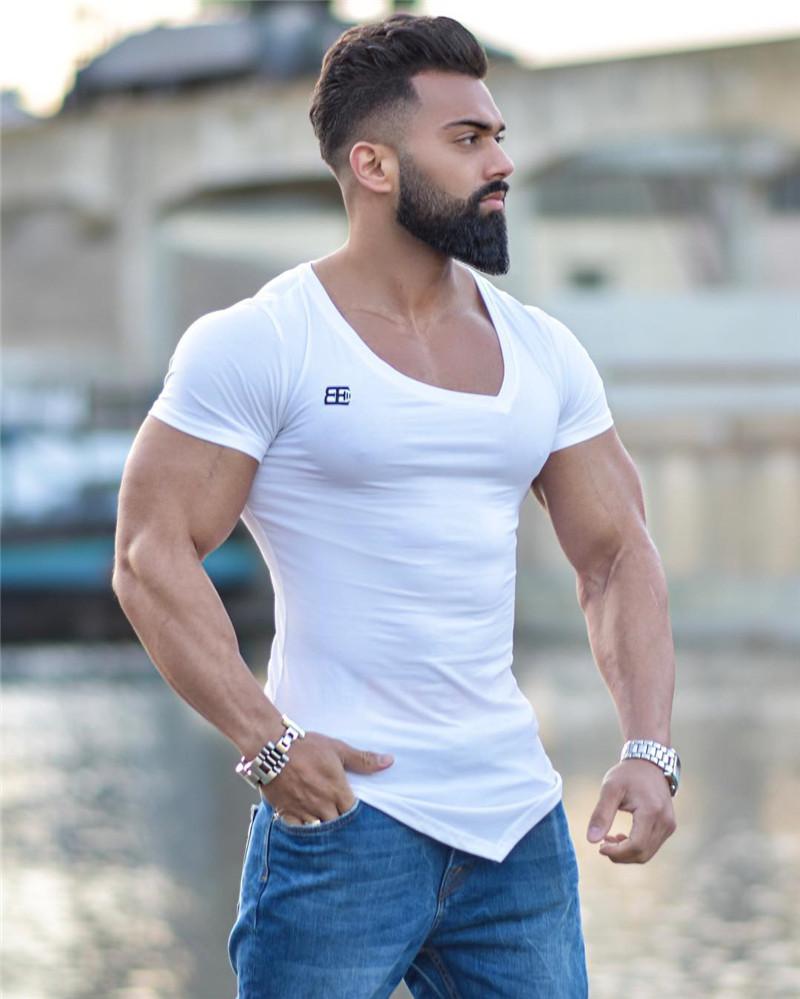 """Чоловіча футболка """"Body Engineers"""" біла"""