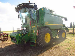 Зерноуборочный комбайн John Deere W 650 2013 год