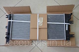 Радиатор охлаждения Nissan Leaf 2013-