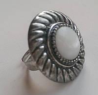 Перстень с белым перламутром, фото 1