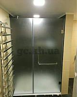 Душевая перегородка фронтальная (крепление двери на стену) матовая