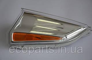 Боковой габаритный фонарь левый Nissan Leaf