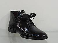 Стильные молодежные лаковые ботиночки со шнуровкой, фото 1