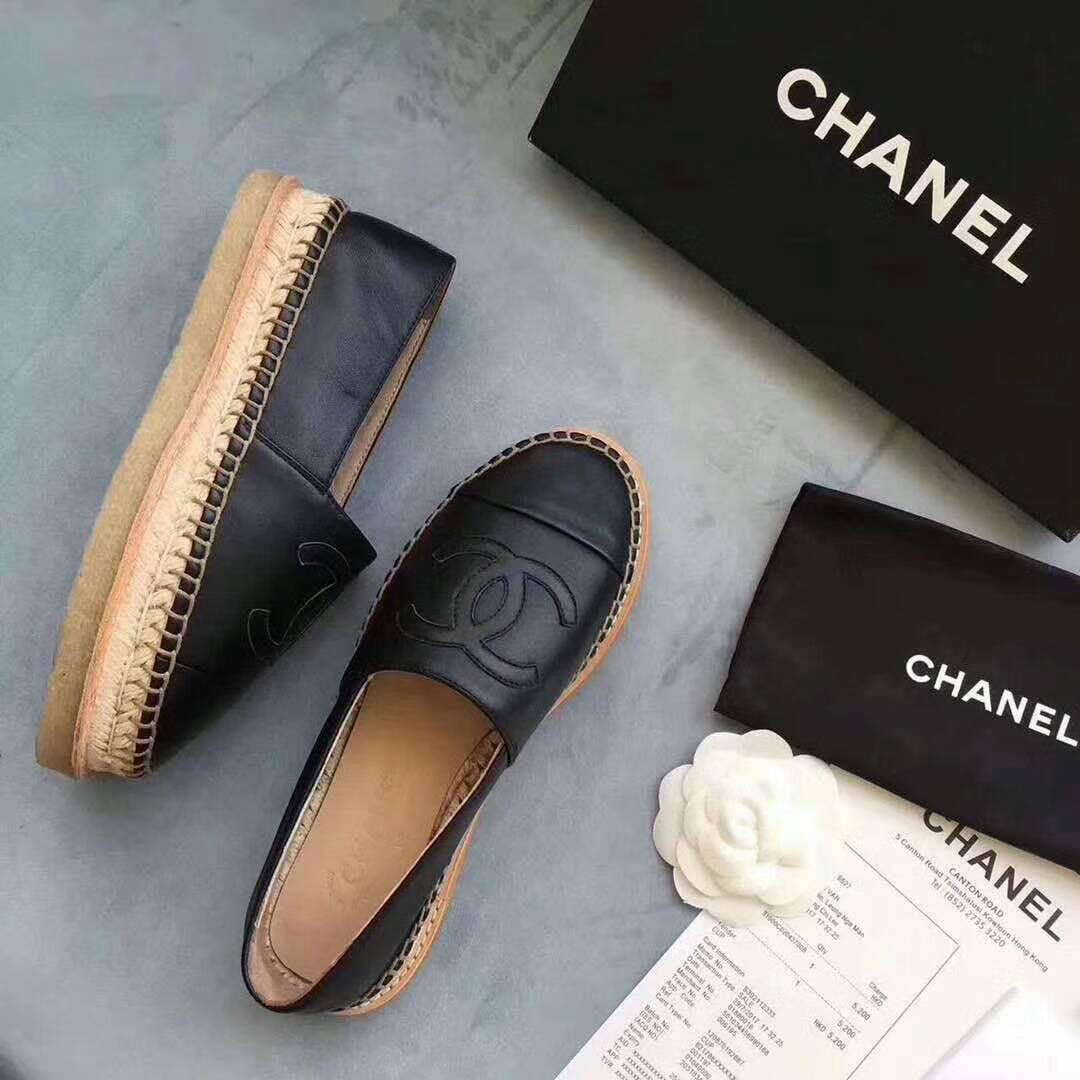 f8cb99bb3523 Женские кожаные эспадрильи Chanel Cruise, цена 1 780 грн., купить в ...
