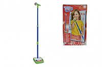 Музыкальный инструмент Микрофон со стойкой Simba Toys 683 0402