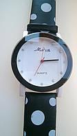 Яркие стильные черно- белые часы, фото 1