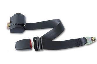 Трехточечный ремень безопасности на автомобильное сидение (инерционный, черный)