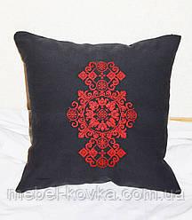 Декоративная подушка из льняной ткани  с вышивкой 2