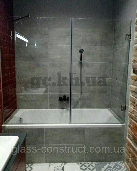 Шторка на ванну фронтальная стеклянная (крепление двери к стене)