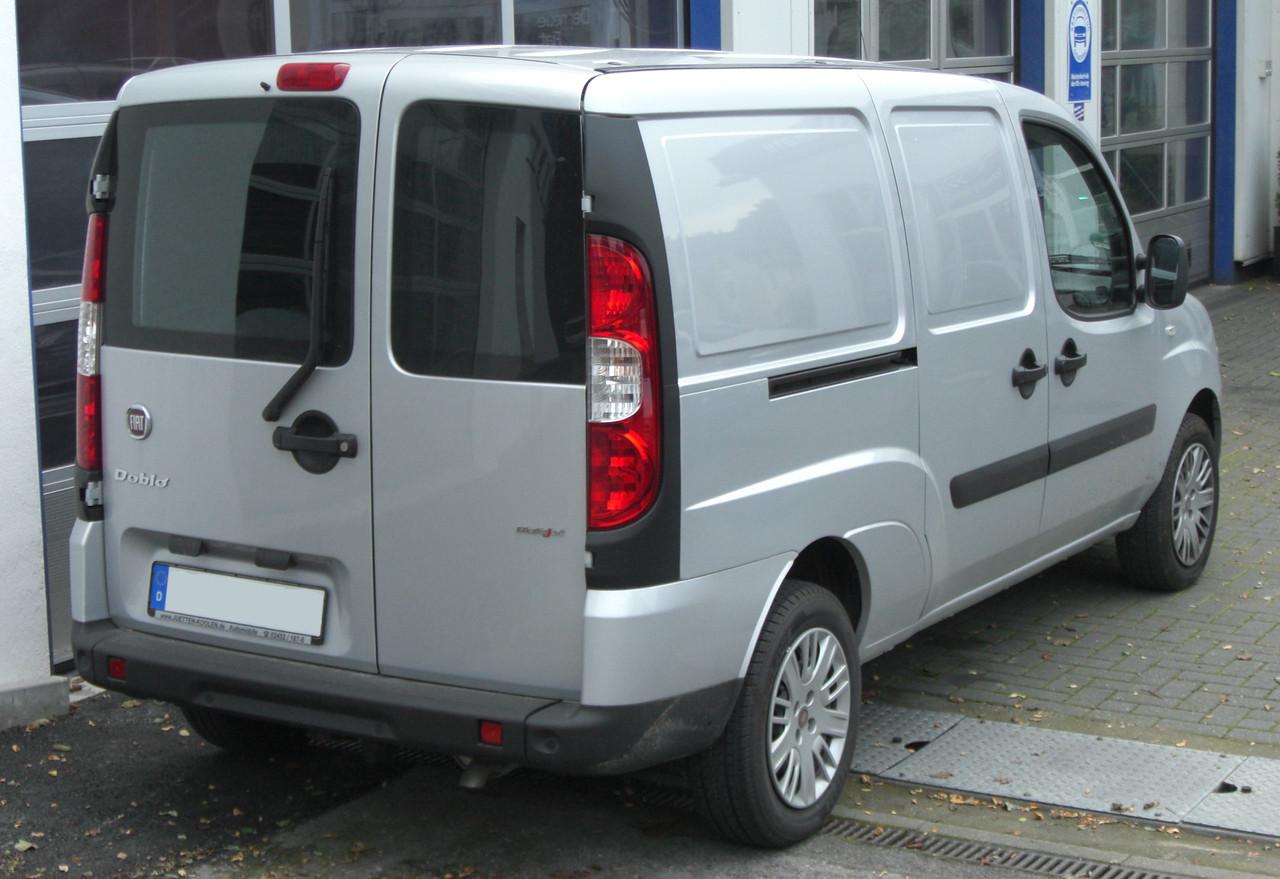 Заднее стекло (распашонка) правая с э.о. на Fiat Doblo 2000-