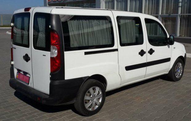 Задний салон, длинная база правое окно на Fiat Doblo 2000-