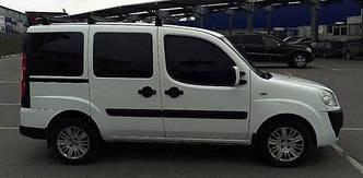 Задний салон, короткая база правое окно на Fiat Doblo 2000-