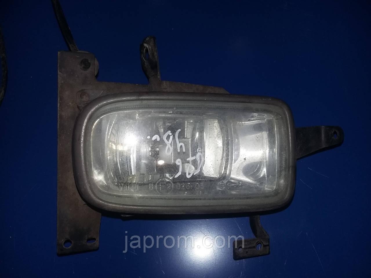 Фара противотуманная (галогенка) правая Mazda 626 GF 1997-2002г.в. Valeo