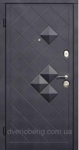Входная дверь модель пирамидки венге (тройной притвор)