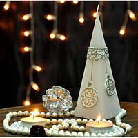 """Свеча для праздничного интерьера """"Christmas Bauble"""" S718, 50*150 мм, пирамида, Свеча-фигурка, Свечки для Нового Года, Праздничные свечи"""