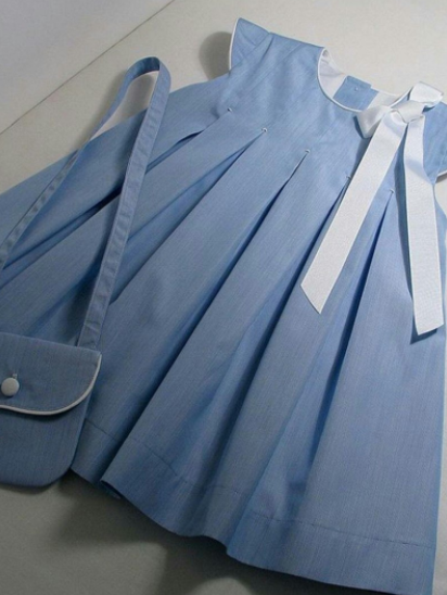 Детское платье -  с  сумочкой