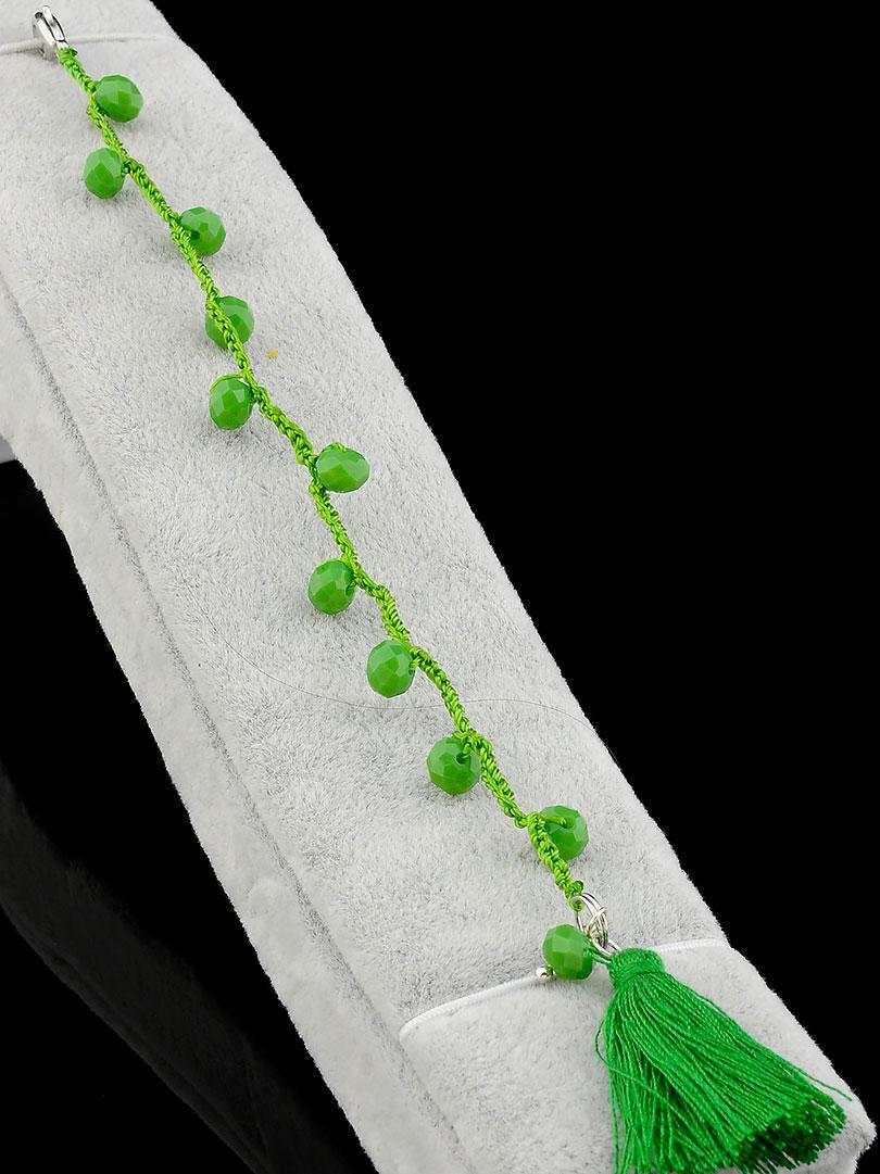 Браслет Чешский хрусталь зеленый с кистью 18 см.