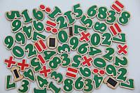 Набор цифры и знаки на магнитах Komarovtoys (J 706)