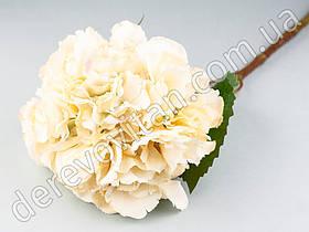 Декоративная ветка гортензии, кремовая, 23×53 см