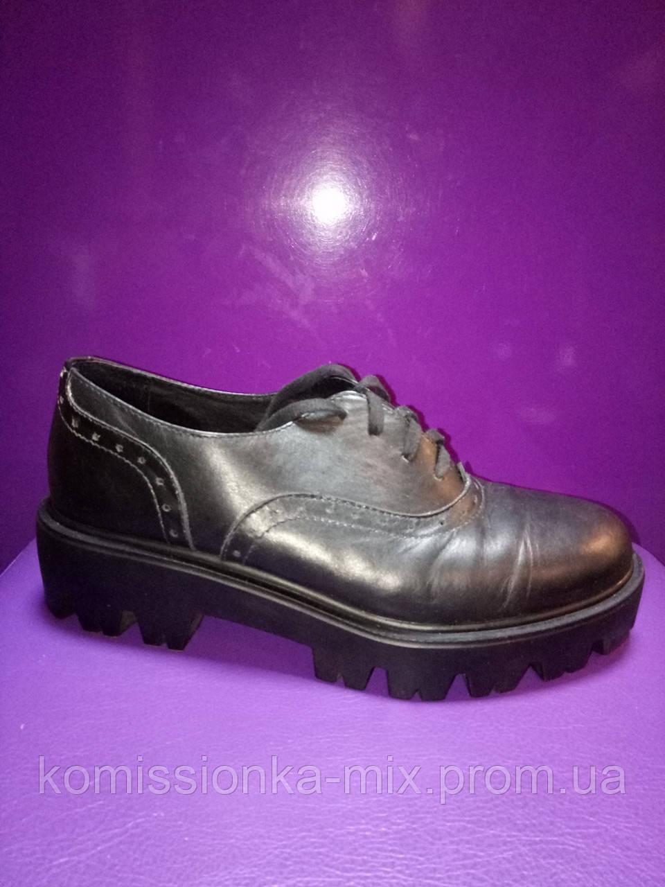 Туфли женские кожаные  40 р.