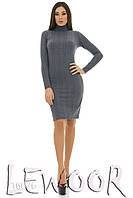 Теплое платье из структурного трикотажа