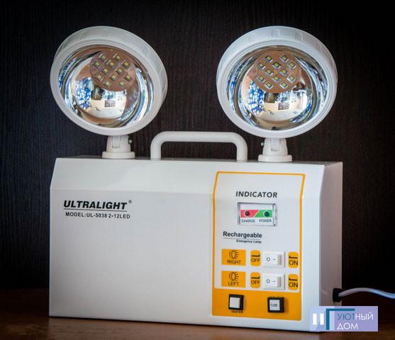 Аккумуляторный аварийный светильник UL-5038