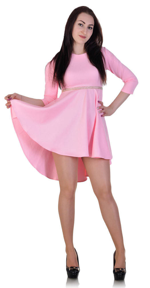Платье с бижутерией розовое