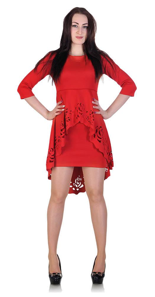 Платье с перфорацией красное