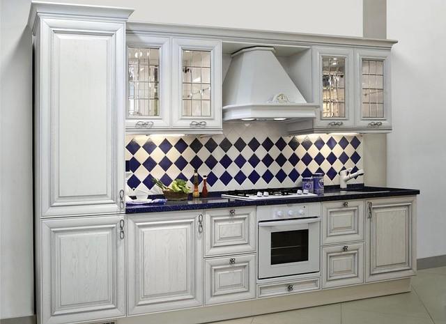Мебель для кухни из дерева, гарнитуры для дома под заказ в Киеве