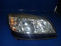 Фара передняя правая Opel Zafira A 1999-2005 Valeo