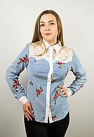 Женская рубашка с гипюровыми вставками