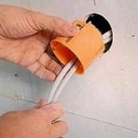 Вырезка отверстия и установка распредкоробки (гипсокартон)