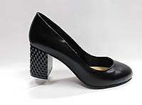 Кожаные туфли на каблуке. Маленькие ( 33 - 35 ) размеры., фото 1