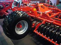 Продам шины JD  / Рыхлитель серии 2100 для минимальной почвообработки Клиновые рыхлители 913/915/22 B Дисковый глубокорыхлитель 2720  Рыхлитель для