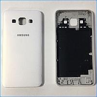 Задняя крышка для Samsung A700H Galaxy A7 (2015), A700F, белая, оригинал