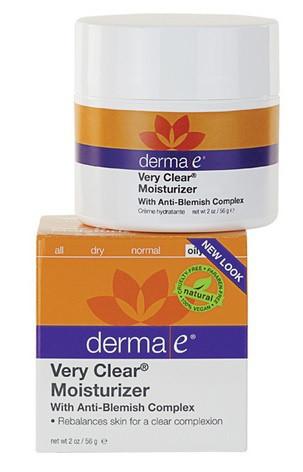 Увлажняющий крем с противовоспалительным комплексом Very Clear® *Derma E (США)*