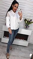 Блуза белая с рукавами-фонариками и вышивкой на плечах