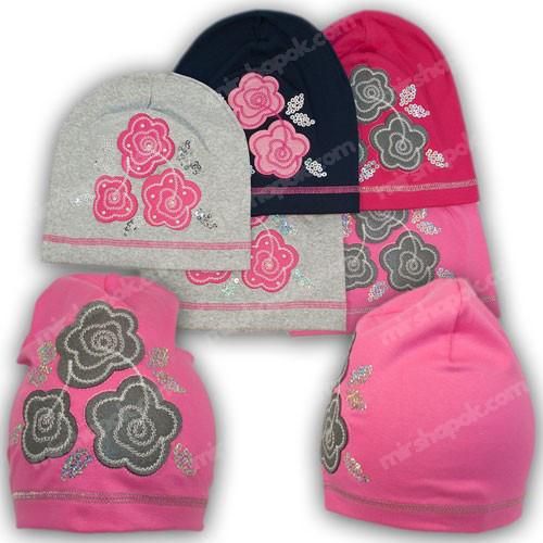 шапка для дівчинки з трикотажу