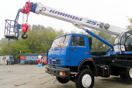 Характеристики и основное оборудование крана КС-5576 Ивановец